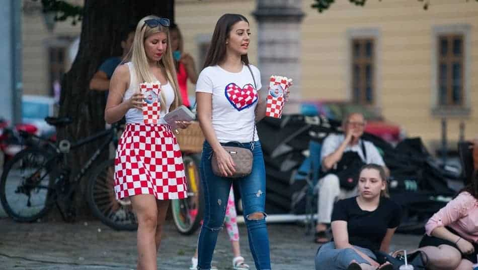 dating croat)