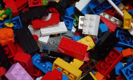 A Guide To Making Money Selling LEGOS