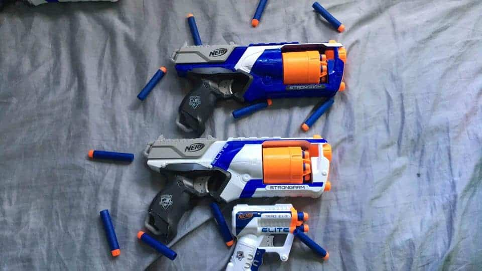Nerf Maverick vs Strongarm: which nerf blaster should you choose?